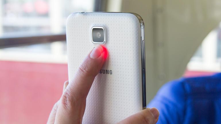 Une fonctionnalité supplémentaire sur le Samsung Galaxy S5 : le capteur cardio