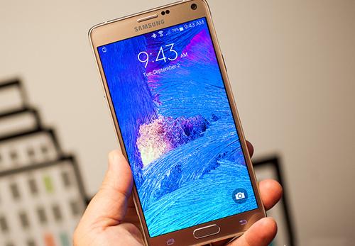 Samsung frappe fort avec un Galaxy Note 4 très ambitieux
