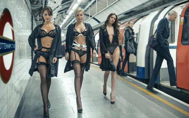 Un défilé de lingerie dans le métro à Londres fait le buzz