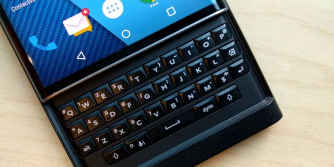 BlackBerry abandonne la production de ses smartphones