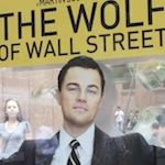 JC Decaux fait le buzz en enfermant 10 000 dollars dans un abribus pour la promotion du film Le Loup de Wall Street